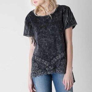 Gimmicks by BKE Distressed Fringe and Crochet Tee